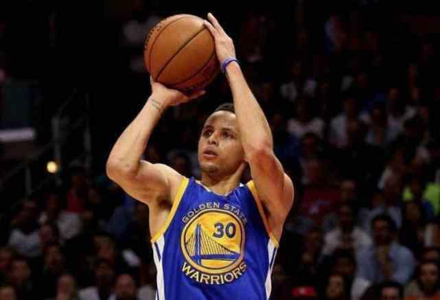 NBA已成三分球联盟?场均出手高达70次 比詹姆斯新秀赛季多了40次