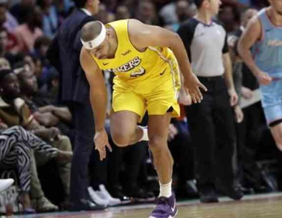 又伤一个!湖人悍将遭遇伤病打击,右膝挫伤+韧带撕裂
