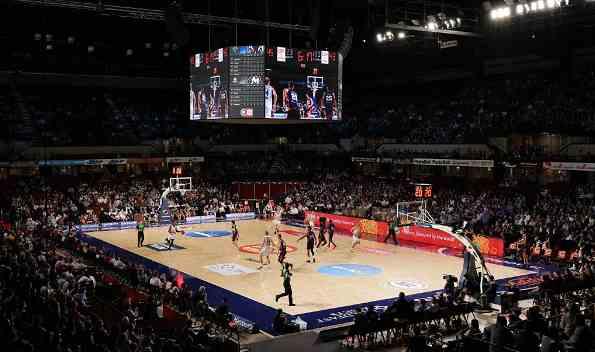 澳洲NBL联赛迎来揭幕战!现场涌入6539名观众,比NBA心都大