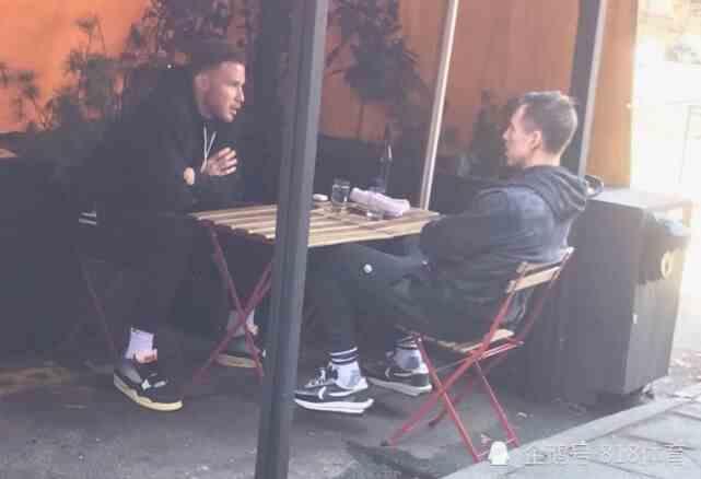 格里芬来布鲁克林报到!纳什请他吃大排档,师徒俩坐街边促膝谈心