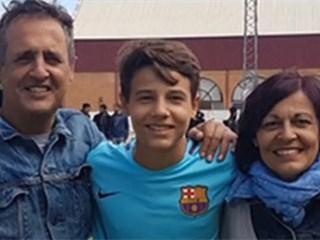 每日体育报:巴萨小将胡拉多拒绝续约,他将转投曼联效力!