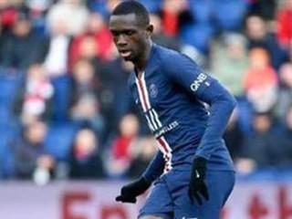 拜仁签下巴黎圣日耳曼小将夸西