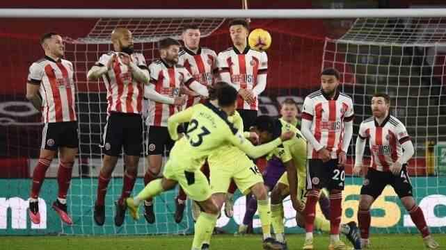 英超这衰队终于迎来赛季首胜,保级任务仍然艰巨!