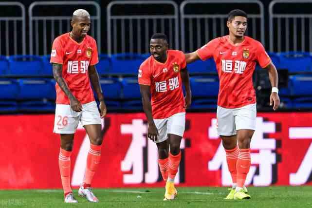 武磊在国家队最强的竞争对手:费南多