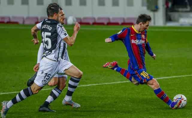 12次射门1进球!梅西绝境爆发,巴萨险胜,对方门将12次扑救