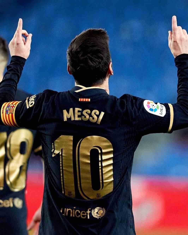 新年大爆发!梅西12场狂造23球,五大联赛第1,超莱万完胜C罗