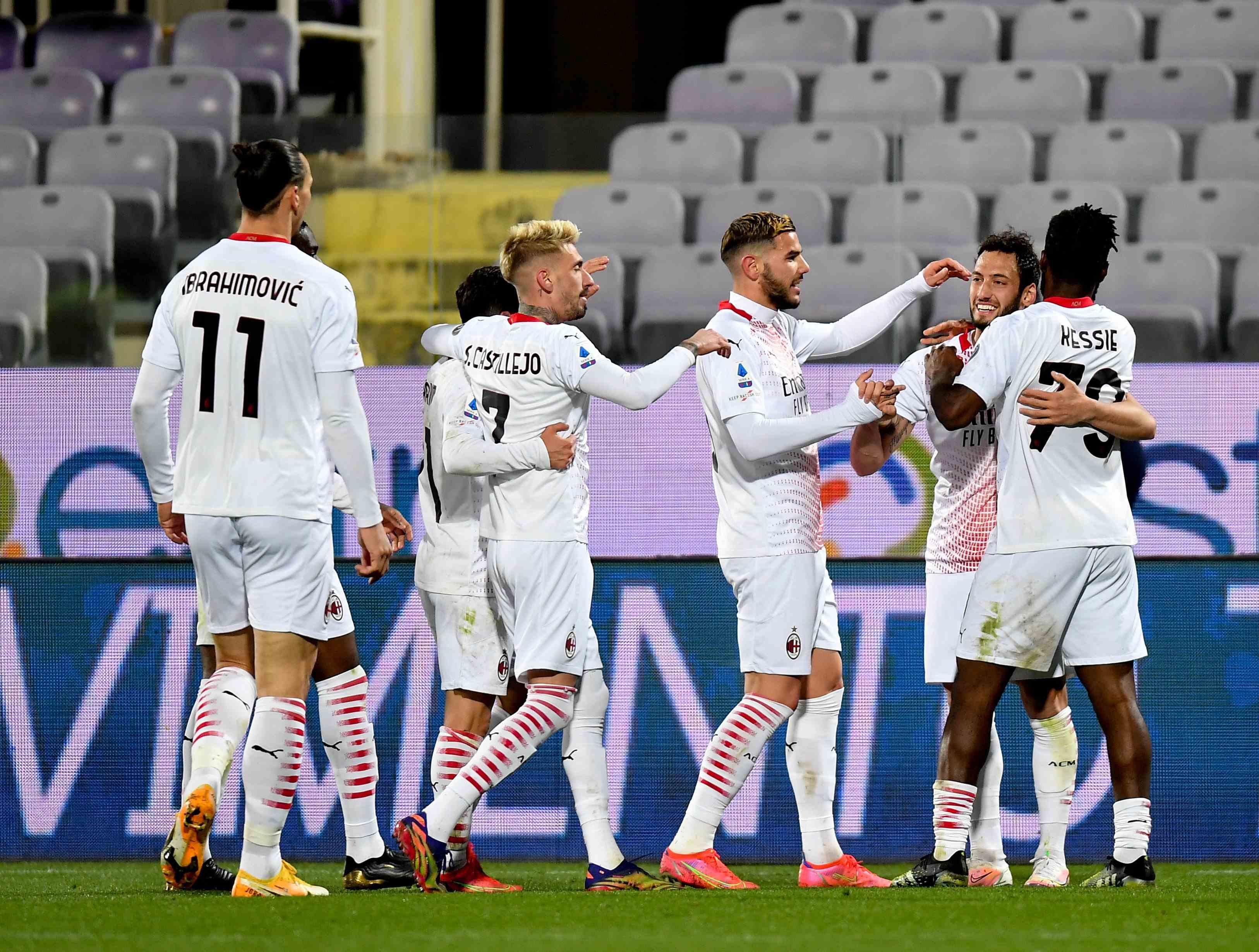 (体育)足球——意甲:AC米兰胜佛罗伦萨