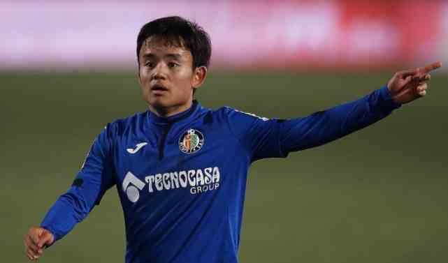 2-2!3-0!1-0!日本足球疯狂一夜,3大天才爆发,一条龙奔袭破门