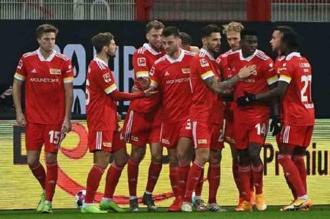 1-1!拜仁爆冷平柏林联合,最快本轮丢榜首,莱万200场175球
