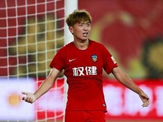 新闻晨报:天海主力前途无忧,去年前六多支球队想要杨旭