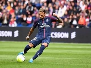 前巴黎球员:本赛季中内马尔比梅西、C罗表现得更好