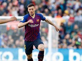 每体:巴塞罗那对朗格莱近来的表现和态度都很满意,并将继续加薪