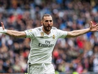 本泽马完成代表皇家马德里赢得了第350场胜利里程碑