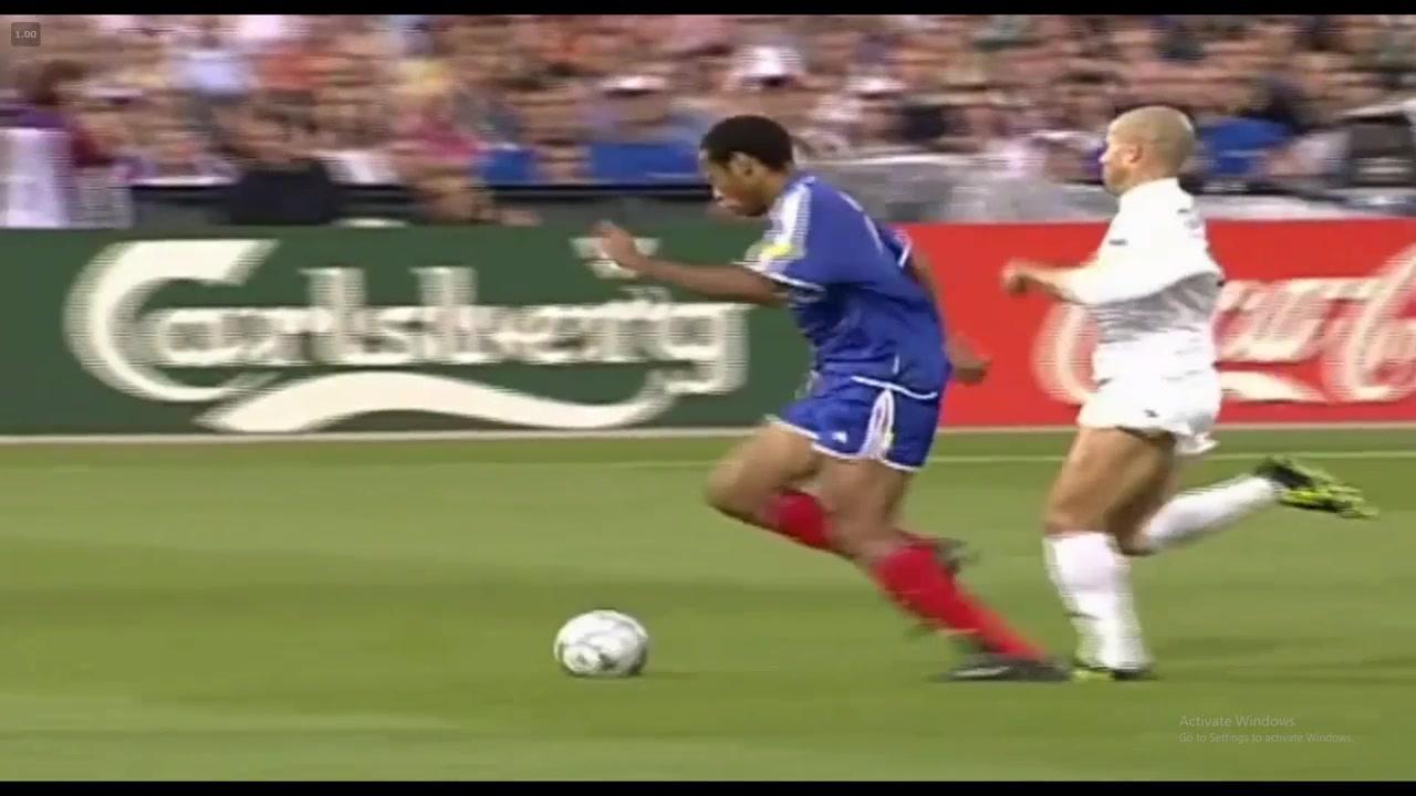 2000年欧洲杯决赛 年少亨利无人能挡