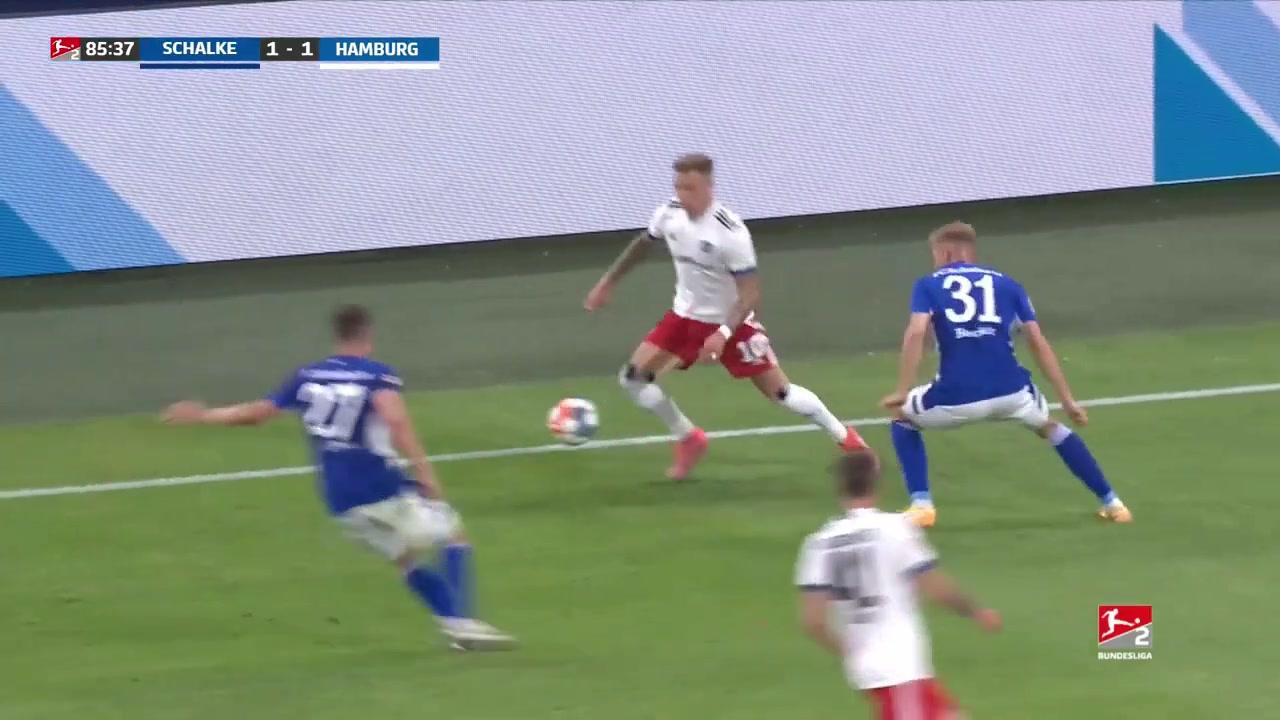 赛季开门黑!沙尔克德乙1-3遭汉堡逆转