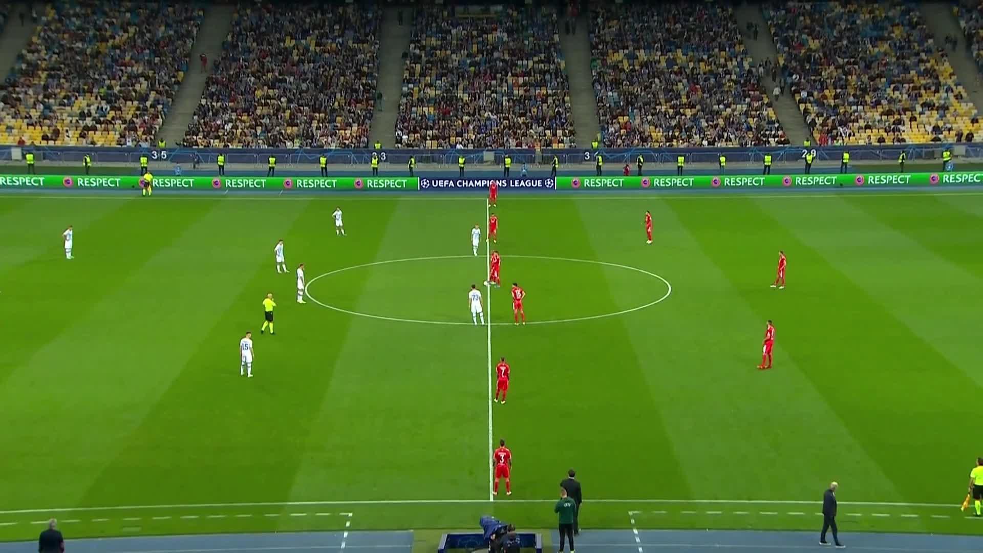 【集锦】欧冠-萨帕伦科最后时刻进球被吹 基辅迪纳摩0-0本菲卡